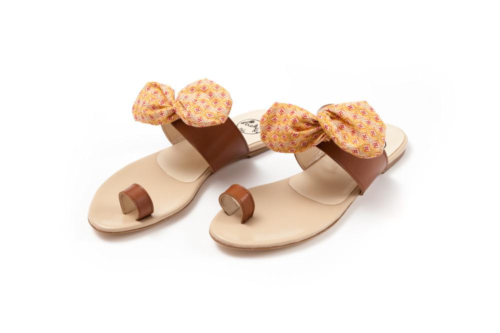 sandali in tessuto
