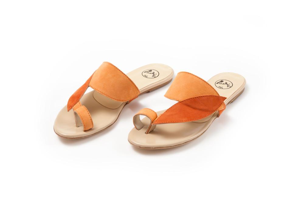 sandali artigianali in camoscio